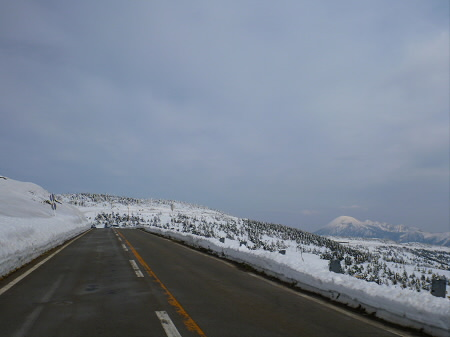 雪の回廊秋田30(2013.4.29)