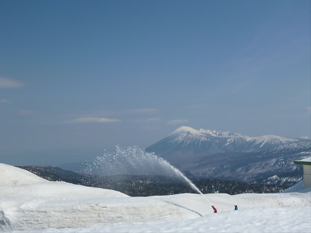 八幡平山頂付近18(2013.4.29)