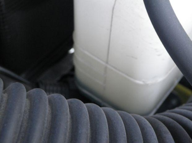 冷却水の予備タンク