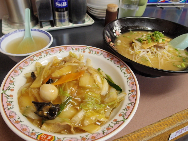 中華丼とラーメン