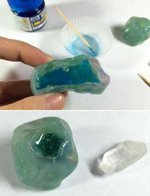 06 水晶・鉱物レジン 流し込む