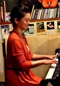 廣田ゆり(ピアノ)