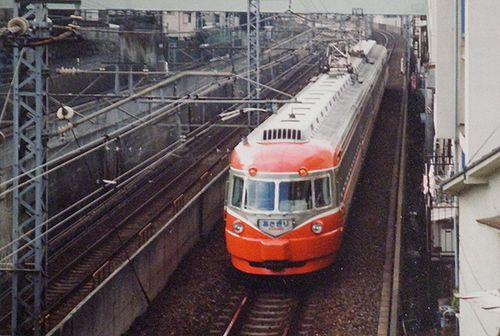小田急3000形SE車「あさぎり」(1990年10月・代々木八幡~代々木上原間)