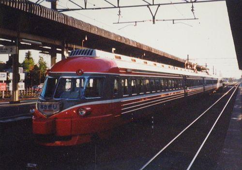 小田急3000形SE車「あさぎり」(1990年10月・御殿場駅)