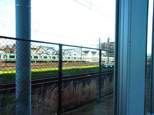 131216-108電車が見える席(S)