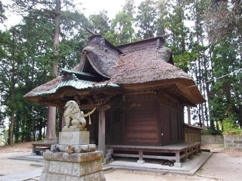湫尾神社拝殿