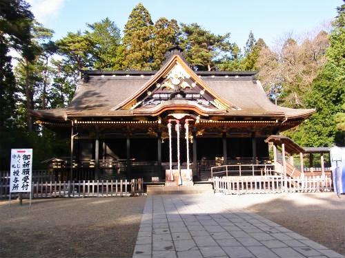 大崎八幡社殿