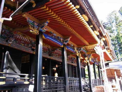 大崎八幡社殿 (2)