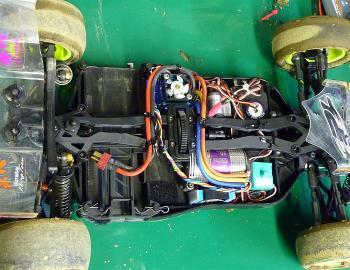 サイバー10Bのアッパーデッキの加工