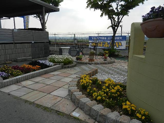 飯田川 イナバ物置 021