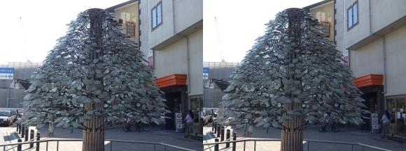 長浜駅モニュメント アクアツリー(交差法)