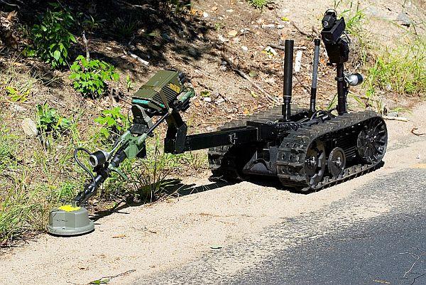 iRobot製地雷探知ロボット