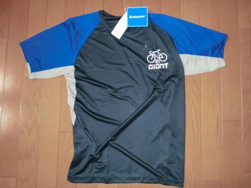2013ユニクロコラボシャツ・3