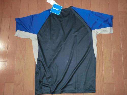 2013ユニクロコラボシャツ・4