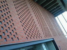 レンガの外壁は、