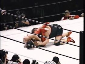 田村腕十字に切り返すもゲーリーかいな力で返す
