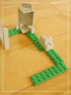 LEGOBlackFalconsFortress04.jpg