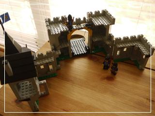 LEGOBlackFalconsFortress05.jpg