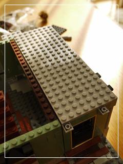 LEGOHauntedHouse16.jpg