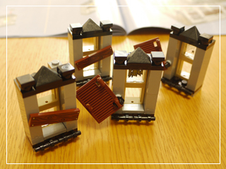 LEGOHauntedHouse24.jpg