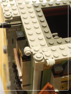 LEGOHauntedHouse35.jpg