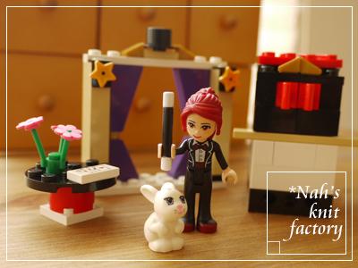 LEGOMagicShow06.jpg
