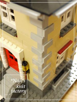 LEGOModelTownHouse03.jpg