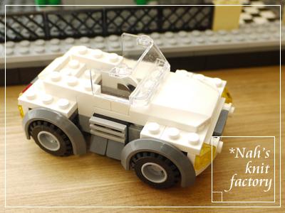 LEGOModelTownHouse06.jpg