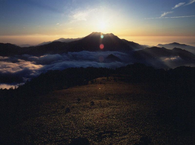 ダイヤモンド石鎚 (愛媛県 西条市 石鎚山)