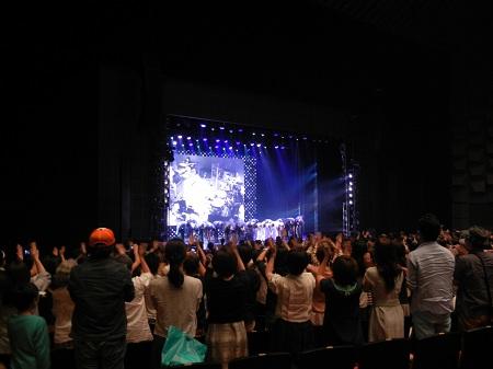 ステージと観客