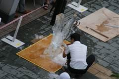 2013氷の彫刻5