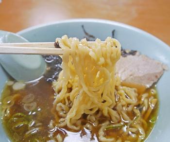 岩海苔中華そば麺4