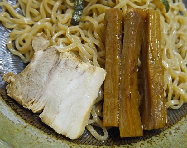 つけ麺吉岡メンマ