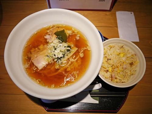 美奈味ラーメン&半チャーハン