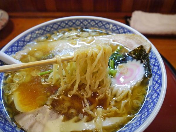 芭蕉亭ラーメン麺