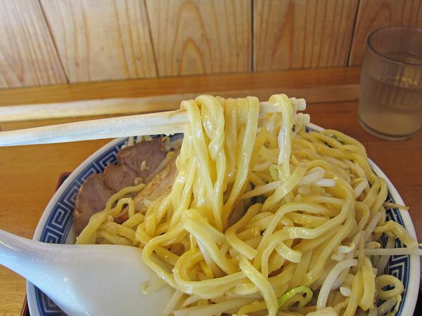 伏竜ラーメン麺