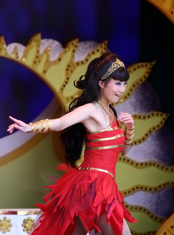 赤いダンサー(ミニー・オー!ミニー)
