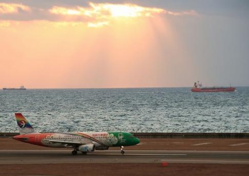 中国東方航空 3