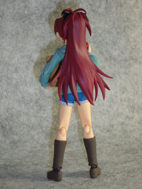 杏子背面全身