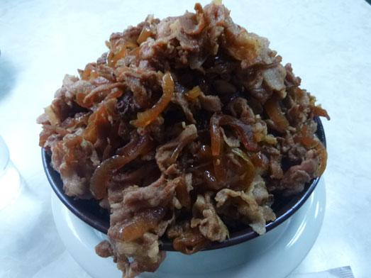 早稲田名物ワセメシお食事ライフの肉丼015