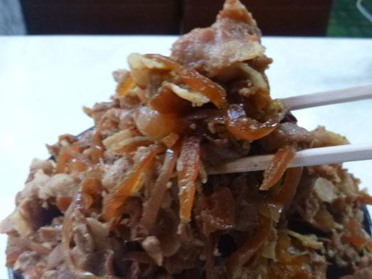 早稲田名物ワセメシお食事ライフの肉丼019