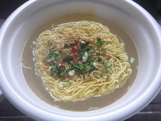 西荻窪パパパパパインのカップ麺041