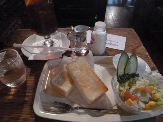 神保町さぼうるで朝食メニューモーニングセット010