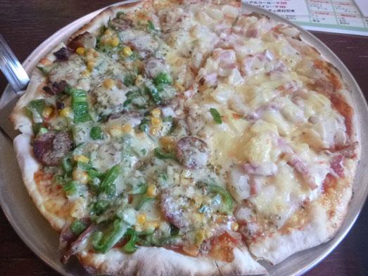 多古ピザ&バーガーカフェのメニューはデカ盛り001