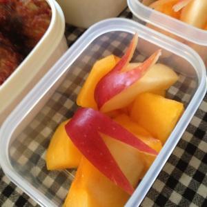 柿とうさぎリンゴ