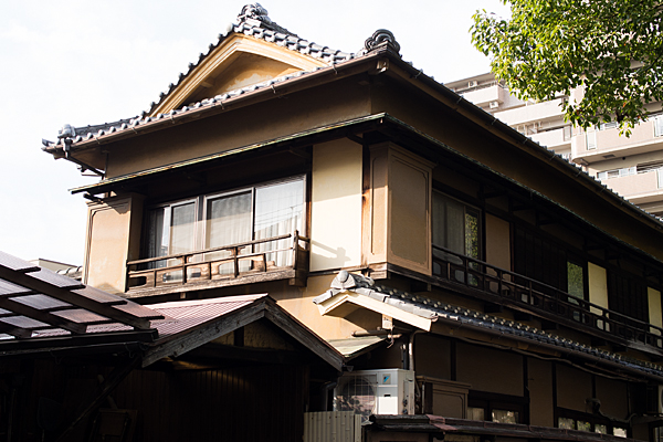 尾頭橋3-5