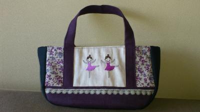 バレリーナのバッグ紫