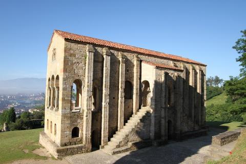 0228 Santa Maria del Naranco