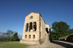 0229 Santa Maria del Naranco