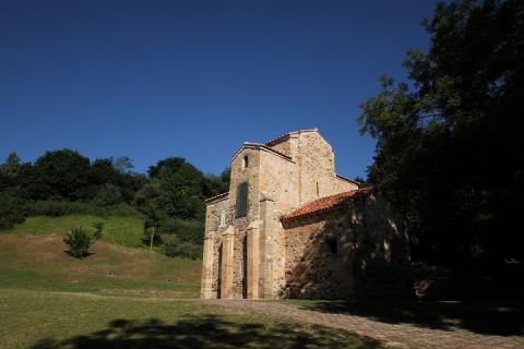 0307 Santa Maria del Naranco